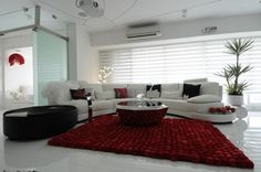 Houzz Tour: An Indian High-Rise Trips the Light Fantastic
