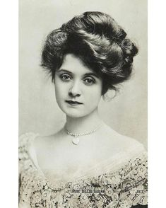 Actress Billie Burke (1884-1970), ca. 1900s. She was later cast as Glinda the Good Witch in The Wizard of Oz