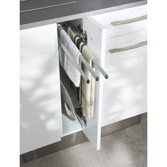 Porte-torchon - Cuisine Diy Kitchen, Kitchen Gadgets, Kitchen Storage, Kitchen Decor, Mini Loft, Kitchen Organisation, Flat Ideas, Cuisines Design, Wall Oven