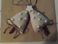 Burlap Cinnamon Stick Christmas Tree Ornaments. $8.00, via Etsy.