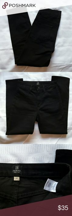 """Black Skinny Ankle Jeans Like new condition. Worn 2x. I am usually a 29/8 size, but these are a tad tight. Front pockets are fake, two back pockets are real. Material is stretchy. When laid flat measures approximately 13.5"""" at waist, 11"""" rise and 26"""" inseam. Just Black Jeans Skinny"""