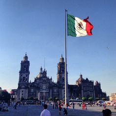 DO: Plaza de la Constitución (Zócalo) in Cuauhtemoc, Distrito Federal