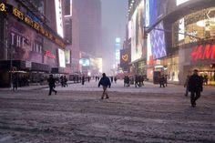 VIDEOS. Epargnée par la tempête de neige, New York se reveille en douceur