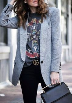 30 Stunning Casual Chic Womens Blazer Outfits Ideas, Which is why, your outfits should be put together with a great deal of care. Obviously, no outfit is complete without the ideal watch. To put it simpl. Grey Blazer Outfit, Blazer Outfits Casual, Blazer Outfits For Women, Look Blazer, Ladies Blazers, Casual Blazer Women, Band Shirt Outfits, Fall Blazer, Blazers For Women