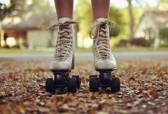 learning to rollerskate with oldskool skates.