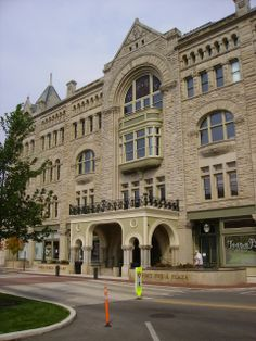 http://tamcor.hubpages.com/hub/116-year-old-Ohio-Hotel-gets-Renovated-The-abandoned-Fort-Piqua-Hotel-becomes-Fort-Piqua-Plaza