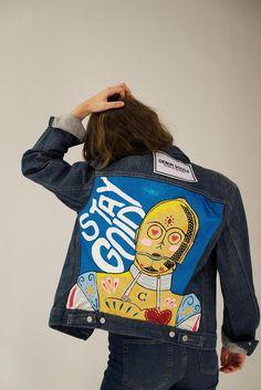 Luxury Denim embellished Jacket Star Wars C3PO Handpainted | Etsy Painted Denim Jacket, Painted Jeans, Painted Clothes, Custom Clothes, Diy Clothes, Denim Art, Star Wars Outfits, Denim Ideas, Fandom Fashion