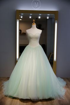 Classic Ball Gown Sweetheart Mint Tulle Prom Dress