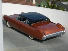 1955 Mercury D-528 Beldone concept car,Petersen Automotive Museum, stylish retro futuristic streamlined show car