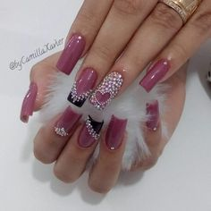 There is no doubt the billion dollar weight loss industry do not want you to see this video and discover the amazing fat burning secret! Watch it now before the video is taken down. Rhinestone Nails, Bling Nails, Swag Nails, Fabulous Nails, Gorgeous Nails, Pretty Nails, Purple Nail Designs, Best Nail Art Designs, Acrylic Nail Shapes