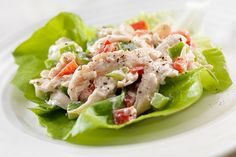 Check out this low calorie low fat tzatziki chicken salad recipe. The perfect chicken salad recipe for lunches, parties, or snacking! High Protein Recipes, Paleo Recipes, Cooking Recipes, Easy Recipes, Leftover Chicken Recipes, Leftovers Recipes, Lettuce Wrap Recipes, Chicken Salad Recipes, Salad Chicken