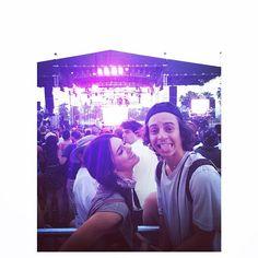 Pin for Later: Die Stars hinter den Kulissen beim Coachella-Festival  Kendall Jenner kam mit Kumpel Moisés Arias, mit dem sie am Freitag beim Festival tanzte.  Source: Instagram user kendalljenner