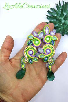 Spring, summer green soutache earrings. Flower foliage earrings. Soutache jewelry. Orecchini soutache. Сутажные серьги.
