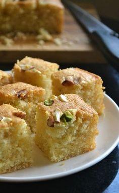 Iyengar Bakery Style Eggless Mwaw Sooji Cake – Video Recipe – Gayathri's Cook Spot