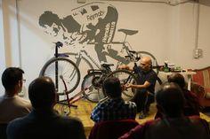 Curso de bicicletas para funcionarios, en La Ciclería