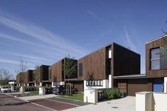 centre ilot 3 Minimalist Architecture, Green Architecture, Architecture Design, Habitat Groupé, Townhouse Designs, Arch House, Street House, Stone Houses, Design Case