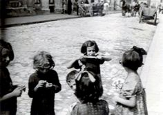 Krakow Ghetto - girls on a ghetto street