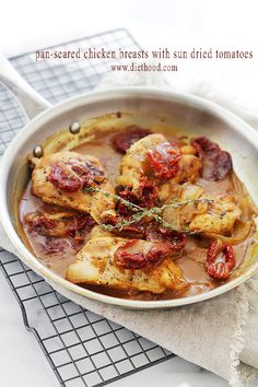 Pan-Seared Chicken Breasts with Sun Dried Tomatoes | www.diethood.com | Quick, easy and delicious pan-seared chicken with sun dried tomatoes and a flavorful sauce. | #recipe #chicken