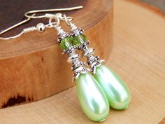 Mint Bridesmaid Jewelry, light green drop earrings, mint wedding, mint dangle earrings, mint wedding jewelry