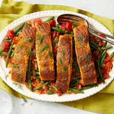 Spice-Seared Salmon with Greek-Style Green Beans Recipe Seared Salmon Recipes, Healthy Salmon Recipes, Roasted Salmon, Seafood Recipes, Diabetic Recipes, Dinner Recipes, Diabetic Foods, Paleo Food, Healthy Dishes