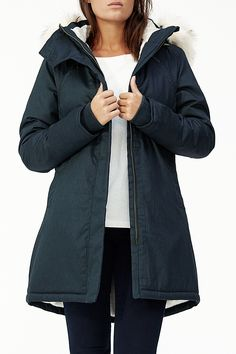 Description The Nordic Parka features a natural hemp and organic cotton herringbone outer shell which makes this jacket sturdy without weighing it down. The inn