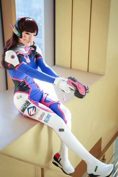 This D.Va cosplay is on point #Overwatch #DVa