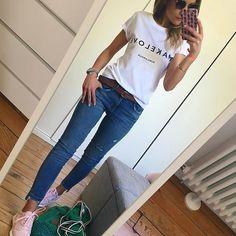 M A K E L O V E  Jean, baskets et départ pour l'océan ☀️ #outfit#ootd#comfylook#comfystyle#dailylook#dailyoutfit#instafashion#fashionblogger#fashionpost#wiwt#picoftheday teeshirt#mimilamour#studiomimilamour jean#zara baskets#lecoqsportif#etamxlecoqsportif sacfilet#bobineconceptstore lunettes#jimmyfairly Mode Outfits, Jean Outfits, Chic Outfits, Fashion Outfits, Trendy Outfits, Womens Fashion, Summer Outfits, Girl Outfits, Summer Dresses
