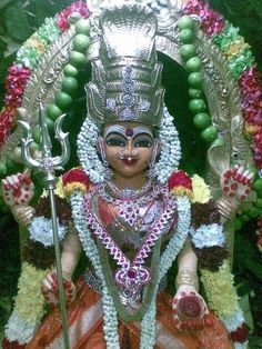 Muthu Mariamman Shiva Yoga, Shiva Shakti, Indian Goddess, Goddess Lakshmi, Jai Mata Ki, Aari Embroidery, Divine Mother, God Pictures, Gods And Goddesses