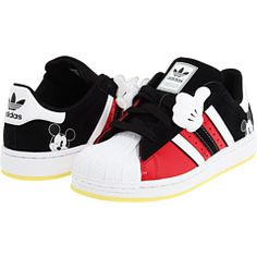 Oops - Oops mickey mouse sneakers for toddlers Baby Boy Shoes, Boys Shoes, Baby Boy Outfits, Kids Outfits, Disney With A Toddler, Baby Disney, Toddler Boy Fashion, Kids Fashion, Fashion Bags