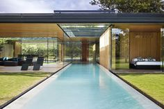 Stunning Modern Home in Costa Rica by Joan Puigcorbé