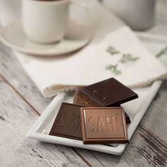Kakaosunun kalitesi ve lezzetiyle çok özel bir madlen. Kutlamalar, bayramlar ve yılbaşı için her zevke uygun bir seçim... #Çikolata Den