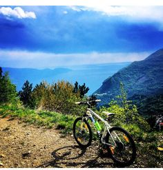 Mountainbike a Tignale www.borgolevigne.com