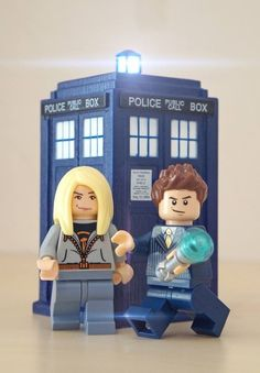 Pinned by Letti Mc: Rose Tyler and the Tenth Doctor with the TARDIS made out of Legos. Lego Doctor Who, Tenth Doctor, Legos, Lego Tardis, Rose And The Doctor, Lego People, Pop Culture References, Rose Tyler, Lego House