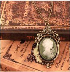 Vintage Beautiful Cameo Necklace