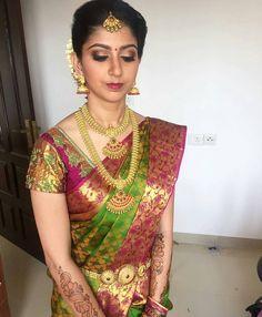 ideas for south indian bridal makeup style Bridal Sarees South Indian, Indian Bridal Fashion, Indian Bridal Makeup, Bridal Hair, Indian Sarees, Wedding Makeup, Half Saree Designs, Pattu Saree Blouse Designs, Bridal Blouse Designs