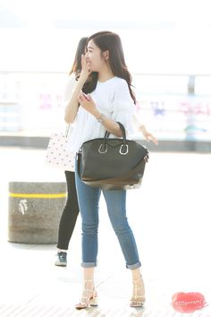 Tiffany at Incheon Airport Sooyoung, Yoona, Snsd Tiffany, Tiffany Hwang, Yuri, Taeyeon Jessica, Airport Style, Airport Fashion, Asian Style