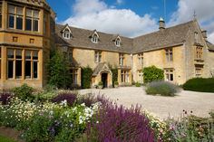 Luxury castle hotels: Lords of the Manor, Upper Slaughter, Cotswolds Best Boutique Hotels, Best Hotels, Luxury Hotel Design, Luxury Hotels, Stay In A Castle, English Architecture, Secret Escapes, Country Hotel, Luxury Travel