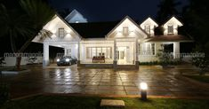 The owner wanted to have a home that was apart of the usual views. That is how the colonial style becomes the home theme. colonial theme home. Home Plans Kerala. Home Style. Colonial House Exteriors, Colonial House Plans, Colonial Style Homes, Retirement House Plans, Dream House Plans, Kerala House Design, Modern House Design, Indian House Plans, Courtyard Design