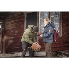 Övik Classic Down Jacket W Fjallraven Herschel Heritage Backpack, Outdoor Outfit, Canada Goose Jackets, Military Jacket, Winter Jackets, Punk, Classic, Outdoor Clothing, Bags