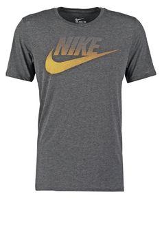 32805dda 186 Best nike t shirt images in 2018 | T shirt, Nike, Mens tops