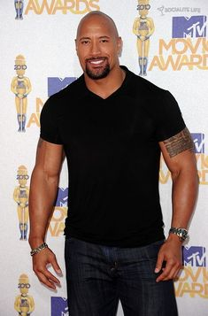 The Rock Dwayne Johnson, Rock Johnson, Dwayne The Rock, Just Beautiful Men, Beautiful People, Celebrity Photography, Handsome Black Men, Mtv Movie Awards, Well Dressed Men