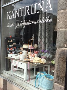 Sisustusliike Kantriina Table Decorations, Furniture, Home Decor, Historia, Decoration Home, Room Decor, Home Furnishings, Arredamento, Dinner Table Decorations