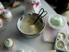 Cupcake batter 1:12