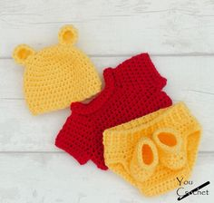 Winnie The Pooh Baby Set Crochet pattern by You Crochet Knitting works add the time when ladies spend their spare time, when to merely knit a lot of things recommended to their. Crochet Gifts, Crochet Hooks, Wire Crochet, Pooh Bebe, Crochet For Boys, Crochet Hats For Babies, Crocheted Baby Hats, Crochet Baby Clothes, Crochet Baby Stuff