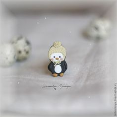 Купить Пингвинчик. Брошка-крошка - чёрно-белый, пингвин, пингвинчик, пингвиненок, малыш, детка, для детей Penguin Birthday, Penguins, Stud Earrings, Floral, Jewerly, Polymer Clay, Accessories, Jewlery, Stud Earring