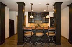 Hiding the posts Home Bar Designs, Reno Ideas, Bar Ideas, Home Organization, Future House, Home Improvement, Sweet Home, Wet Bars, Basement Ideas