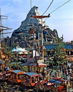 One of my fave pics of Old Fantasyland.