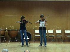 La professora de violí, Margui Cueves, amb Mª José (15-6-2012)