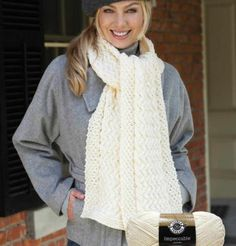 Cabled Knit Scarf. free pattern
