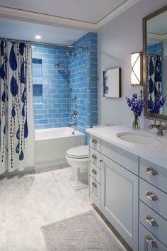 Blue and white bathroom decor innovative blue and white bathroom ideas with best blue traditional bathrooms . blue and white bathroom decor Minimalist Bathroom Design, Modern Bathroom, Simple Bathroom, Modern Minimalist, Navy Bathroom, Master Bathroom, Bathroom Accents, Family Bathroom, Minimalist Decor